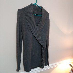 NWOT Gray PattyBoutik Tunic Sweater w side detail!